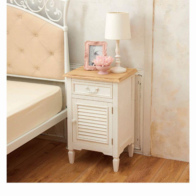 アンティーク風家具(サイドチェスト)の商品画像